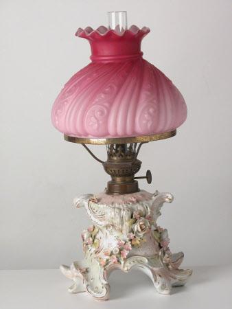 Oil lamp base