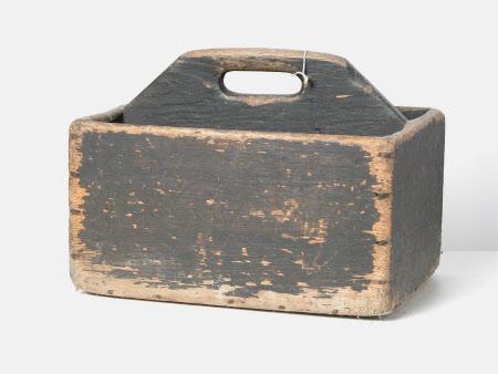 Housemaid's box