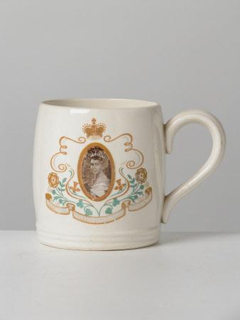 Mug commemorating the coronation of Queen Elizabeth II (b.1926)