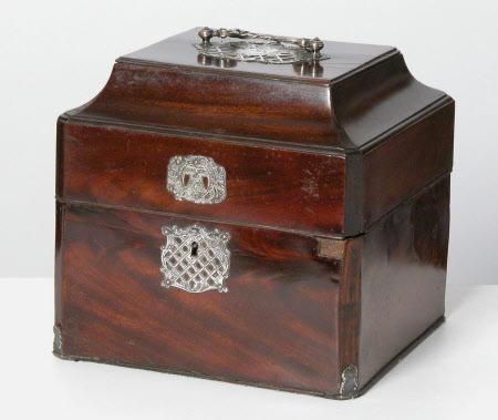 Decanter casket