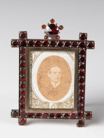 Sir Alexander Palmer Bruce Chichester, 2nd Bt Chichester of Arlington (1842-1881)