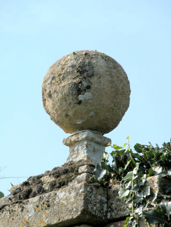 Ornamental ball