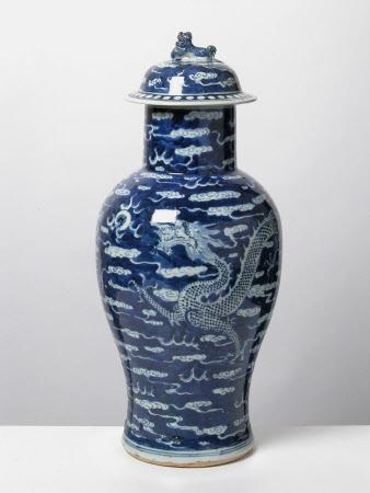 Baluster vase lid