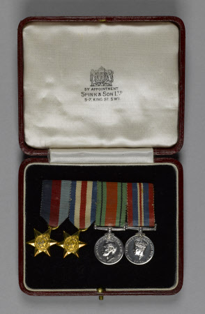 Miniature medal group