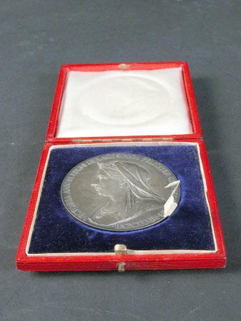 Commemorative coin celebrating the Diamond Jubilee of Queen Victoria (1819-1901)