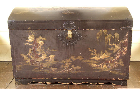 Travelling chest