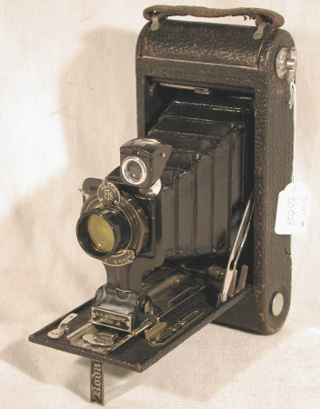 No 1 Autographic Kodak Jr, model A, serial no. 553757