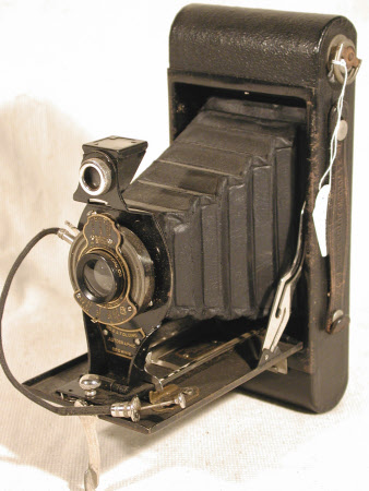 No. 2a Folding Autographic Brownie, serial no. 453337