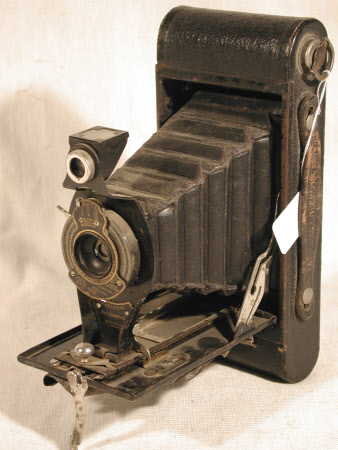 No. 2a Folding Autographic Brownie, serial no. 68167