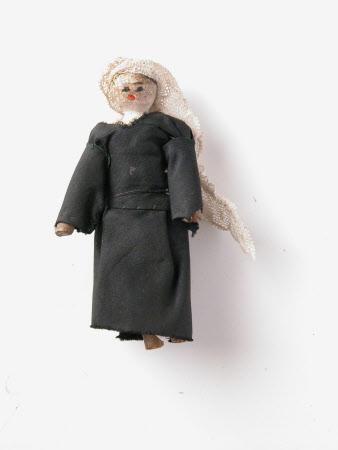 Wooden doll of Queen Victoria (1819-1901)