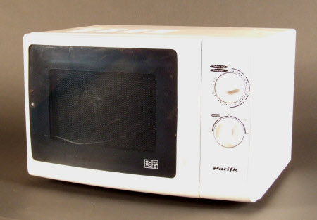 Microwave 792774 National Trust Collections