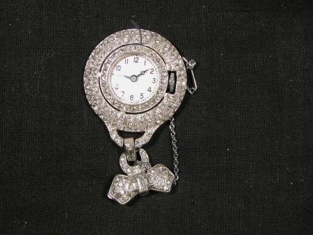 Brooch watch
