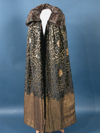 Lady's cloak
