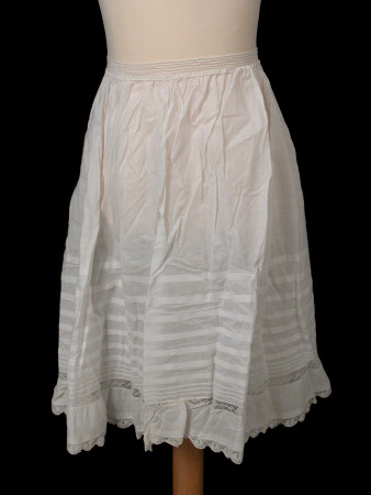 Child's waist petticoat