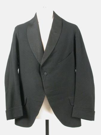 Man's dinner jacket