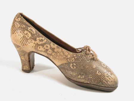 Dunham S Throwing Shoes