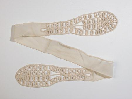 Lady's tie
