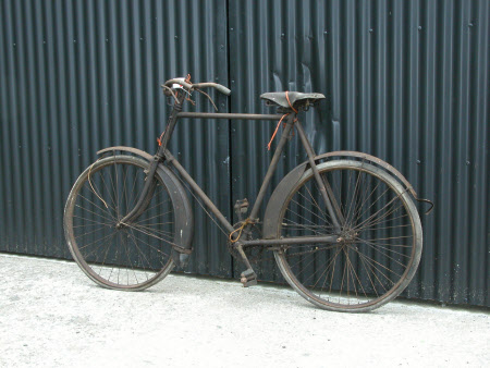 Man's bicycle