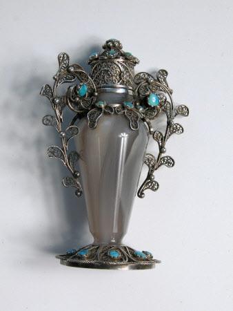 Miniature urn
