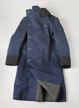 Servant's overcoat