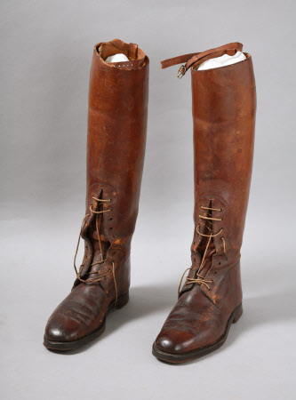 Riding boot