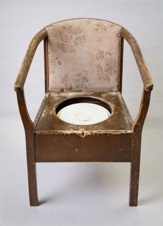 Commode armchair