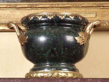 A Louis XVI style bowl