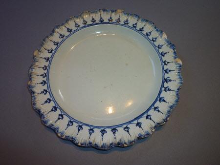 Pair of Pearlware Dinner Plates