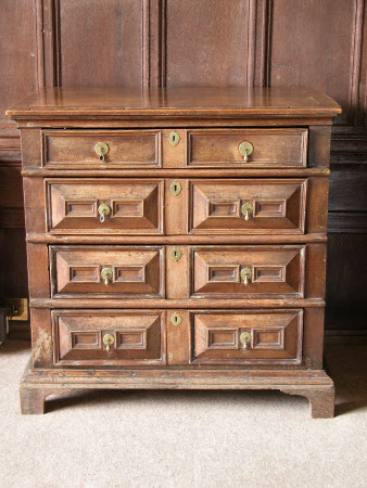 Oak chest with drawers