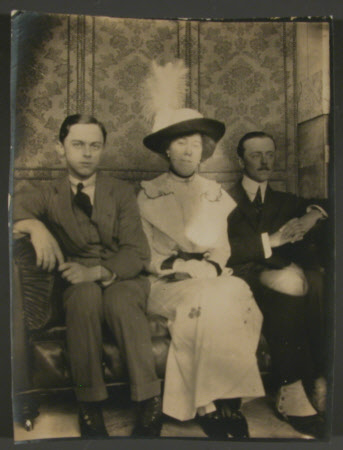 The Hon. Julia Caroline Everilda Agar-Robartes (1880-1969) with her brothers The Hon. Cecil Edward ...