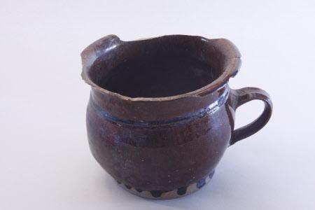 Chamber pot