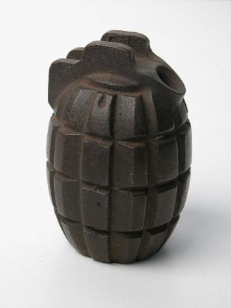 Grenade casing