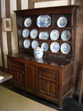 Enclosed dresser