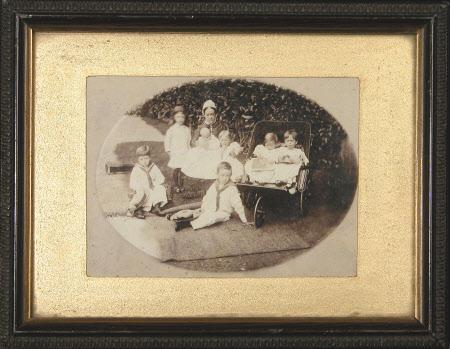 Group including The Hon. Julia Caroline Everilda Agar-Robartes (1880-1969), The Hon. Mary Vere ...
