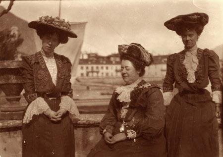 The Hon. Julia Caroline Everilda Agar-Robartes (1880-1969), Mary Dickinson, Viscountess Clifden ...