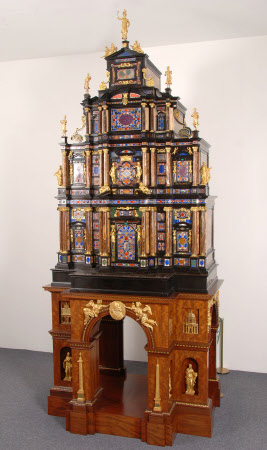 The Sixtus Cabinet or the Pope's Cabinet
