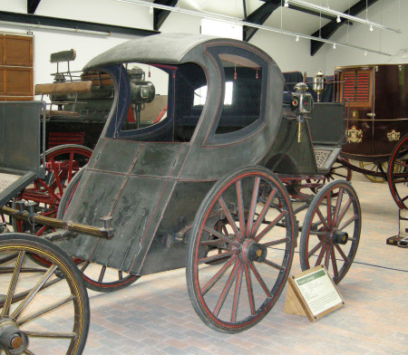 Punch carriage