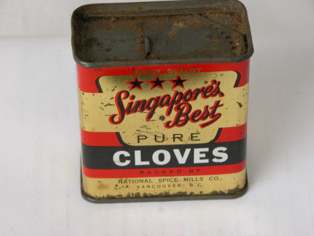 Cloves container