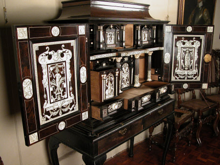 The Bransby Cabinet