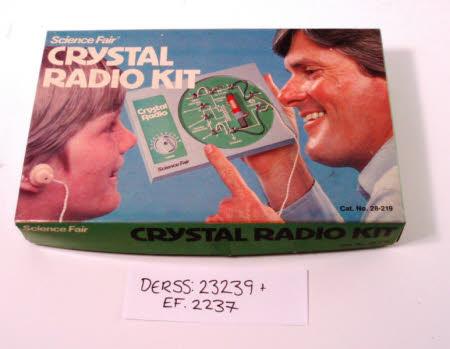 Crystal radio kit