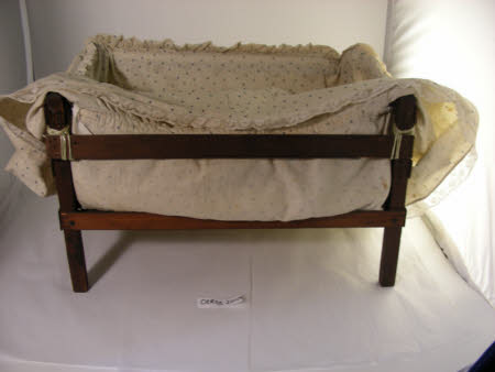 Doll's cot