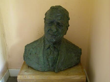 Sir Cennydd (Kenneth) George Traherne, KG TD (1910 - 1995)