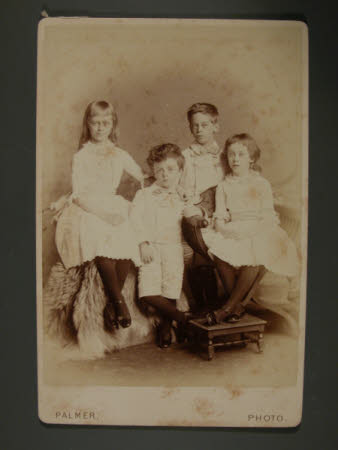 Left to right: The Hon. Mary Vere Agar-Robartes, later The Hon, Mrs Yarde Buller (1879-1946), The ...