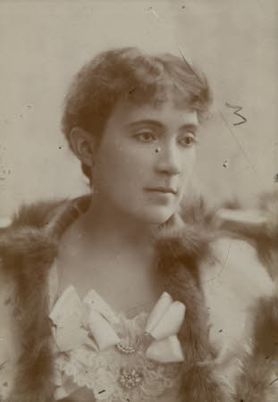 Helen Vincent (nee Duncombe), later Viscountess d'Abernon (1866 - 1954)
