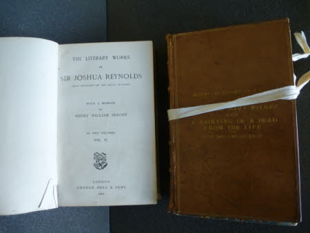 The literary works of Sir Joshua Reynolds . ... With a memoir by Henry William Beechy in two ...