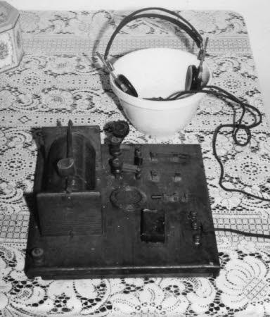 Cat's whisker radio