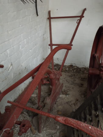 Ridge plough