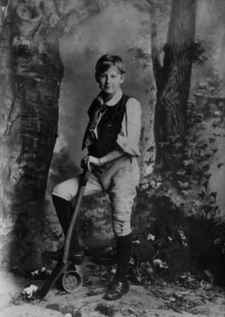 "Edward Henry Gordon Craig as Joey the gardener's boy in ""Eugene Aram"" by W. G. Wills, Chicago 1885"