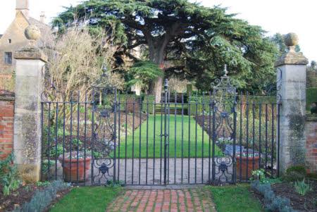 Hidcote Manor Garden © National Trust / Gordon Shanks