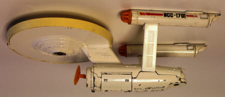 Toy spacecraft